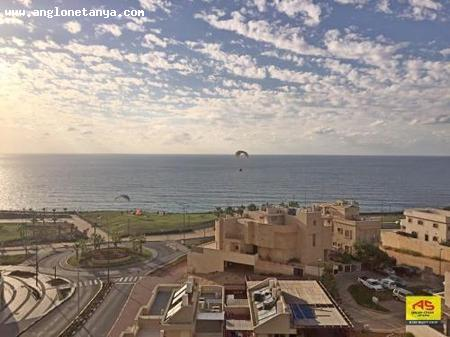 Real Estate Israel - Netanya Nof Atayelet/ nat 600 North Sale in Netanya, Large 5-rooms duplex. Large living room, open kitchen. Sunny terrace of about... Anglo Saxon Netanya
