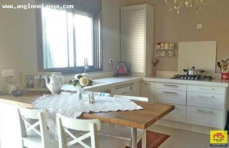 Real Estate Israel - Netanya Pardes Hagdud Wonderful apartment for rent in north Netanya, in a boutique new building.Large living room with... Anglo Saxon Netanya