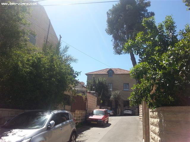 Real Estate Israel - Jerusalem Old Katamon In a charming street,Beautiful new penthouse , private elevator , 45 sqm terrace,luxury,quiet,great... Ben Zimra Real Estate