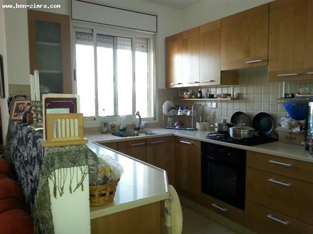 Real Estate Israel - Jerusalem Har Homa Har Homa Shlav aleph,nice 5 rooms with succa balcony and panoramic view.<br... Ben Zimra Real Estate