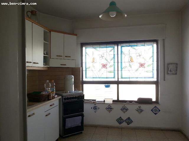 Real Estate Israel - Jerusalem Baka In the heart of Bakaa,Nice appartement,stone building,good shape,spacious,35 sqm living room,quiet, Ben Zimra Real Estate