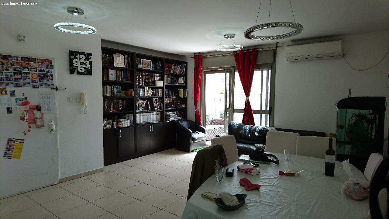 Real Estate Israel - Jerusalem Har Homa In the center of Har Homa,in a building with shabat elevator,Wonderfull duplex- fully lighetd and... Ben Zimra Real Estate