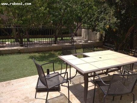 Real Estate Israel - Jerusalem Mamila In the magnificent ''Kfar David'' project opposite Mamilla Boulevard. Garden apartment 3 rooms,... Rubens Real Estate