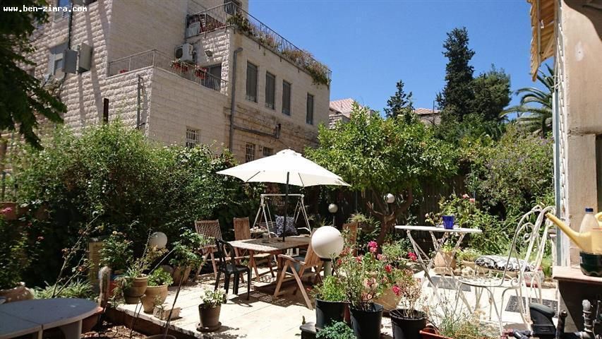 Real Estate Israel - Jerusalem Old Katamon In a small lane of Old Katamon,ground floor of arabic style house,with private entrance and private... Ben Zimra Real Estate