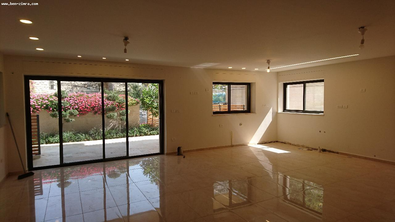 Real Estate Israel - Jerusalem Old Katamon CLOSE TO THE SHTIBLEH IN A SMALL AND QUIET STREET BEAUTIFUL GARDEN APPARTMENT,5 ROOMS,150... Ben Zimra Real Estate