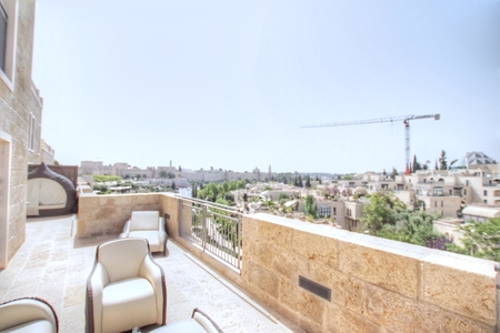 Jerusalem Mamila - Zimuki Real Estate In Jerusalem