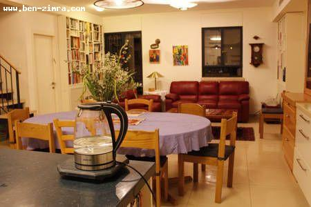 Real Estate Israel - Jerusalem Old Katamon Great penthouse 130 sqm in a quiet street- Stone building with private shabat elevator. Renovated... Ben Zimra Real Estate