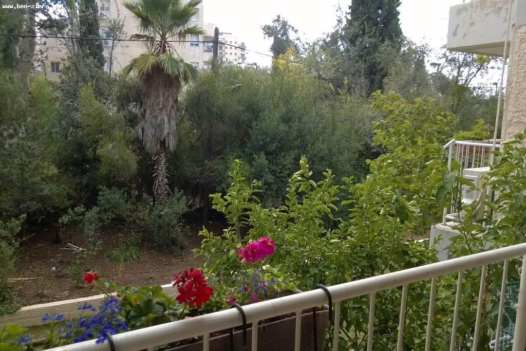 Real Estate Israel - Jerusalem Baka In Bakaa nice apartment with 2 balconies,bright renovated. On the 1st floor with master... Ben Zimra Real Estate