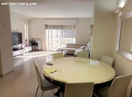 Real Estate Israel - Jerusalem Katamonim Beautiful and charming 5 rooms. Entirely renovated, large living room. Bright and... Ben Zimra Real Estate