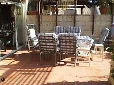 Real Estate Israel - Jerusalem Baka Big 5 rooms of 120 sqm. On bakaa with terrace of 20sqm. Bright,quiet and very well... Ben Zimra Real Estate
