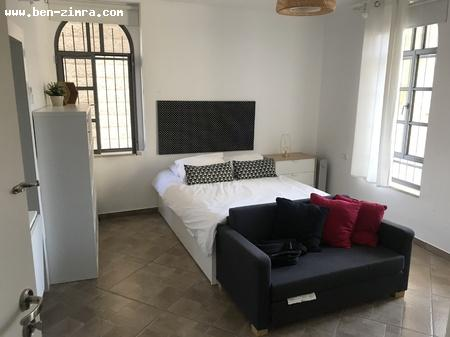 Real Estate Israel - Jerusalem  Holliday appartment for investment, brand new, furnitured, beautifull 2 rooms appartement turned... Ben Zimra Real Estate