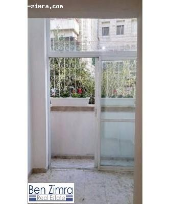 Real Estate Israel - Jerusalem Rehavia Beautiful apartment for investment. Possible to rent to a clinic. Ground floor in a nice and clean... Ben Zimra Real Estate
