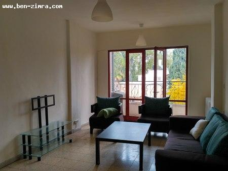 Real Estate Israel - Jerusalem Arnona In the heart of Old Arnona in a one-way street, nice bright apartment with large storage... Ben Zimra Real Estate
