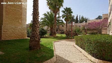 Real Estate Israel - Jerusalem Old Katamon Beautiful 3 bedroom apartment  in the desirable Givaat Oranim/Katamon neighborhood. 5 min walk to... Ben Zimra Real Estate