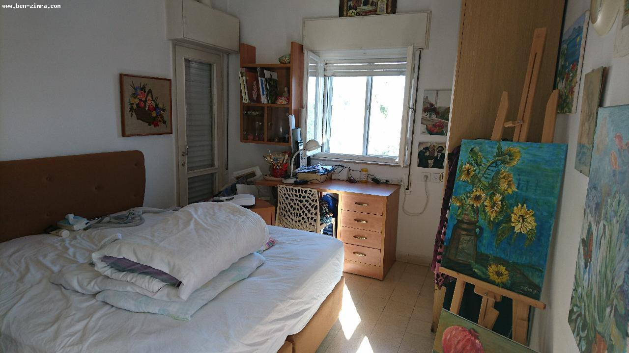 Real Estate Israel - Jerusalem Katamon Excellent location, next to the park San Simon, beautiful apartment, bright, 3 exposures, with... Ben Zimra Real Estate