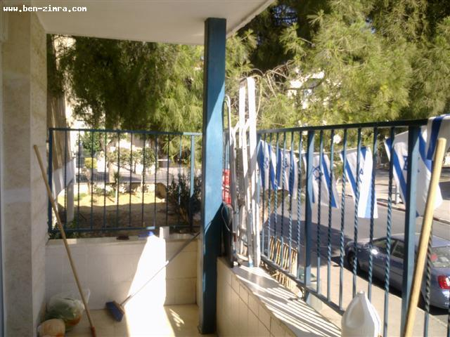 Real Estate Israel - Jerusalem Baka GREAT DEAL! 4,5 ROOMS,85   SQM NETO,LARGE BALCONY,  PARTLY FOR RENOVATION<br... Ben Zimra Real Estate